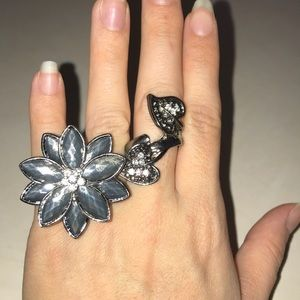 Accessories - 2 finger flower ring
